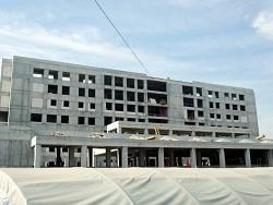 Hastane inşaatında çalışan işçiler iş bıraktı!!