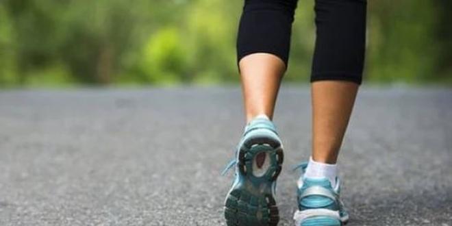 Günlük en az 30 dakika yürüyüş yapın
