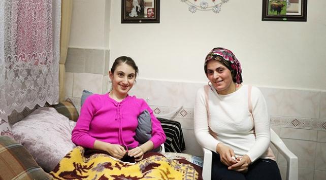 Sağlık Bakanlığı skolyoz hastası kıza yardım elini uzattı