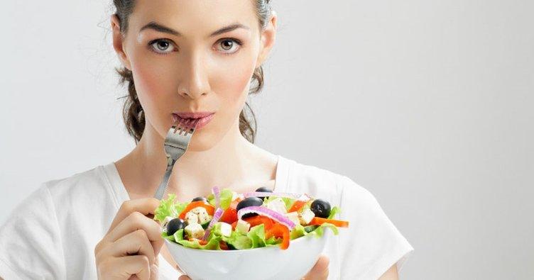 Yanlış beslenme kolon kanserine yol açabiliyor