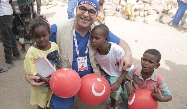 Türkiye'nin 1,5 katı ülkede 2 jinekolog, 3 çocuk doktoru, 8 göz uzmanı var!