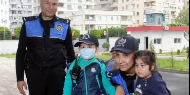 Lösemi hastası Ayaz'ın hayalini emniyet müdürü gerçekleştirdi