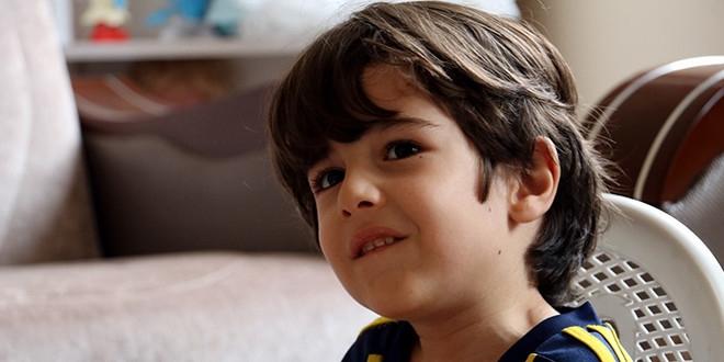 5 yaşında öleceğini duydu, ABD'den gelecek ilaç için onay bekliyor