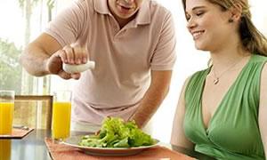 Kadınlar neden erkeklerden daha kolay kilo alıyor?