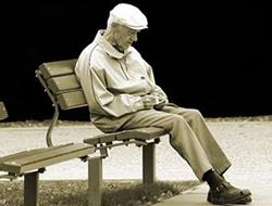 Yanlızlık hızlı yaşlandırıyor! Erkekler bu konuda son derece zayıf