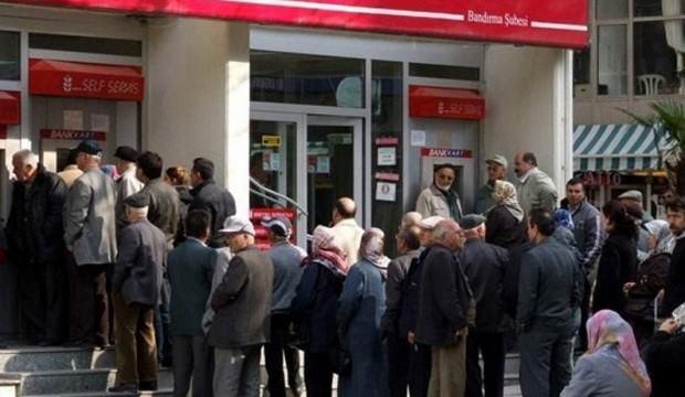 Emekli maaşlarına ek ödeme zammı belli oldu!