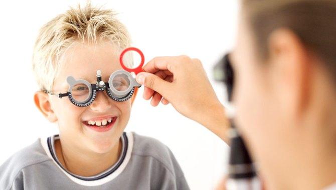 Çocuğunuzun görme kusuru okul başarısına yansımasın