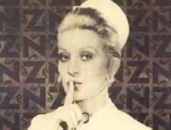 'Sus' işareti yapan hemşire figürü tarihe karıştı