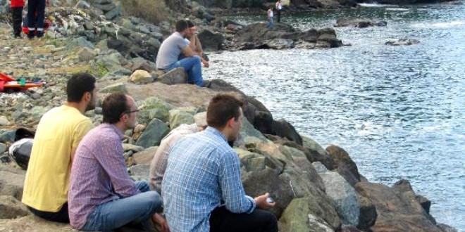 Denizde kaybolan tıp fakültesi öğrencisi halen aranıyor