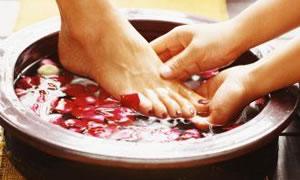 Ayaklarınız için 5 önemli bakım önerisi
