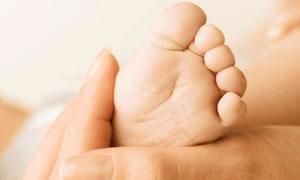 Bakanlık, tüp bebek Ezgi'nin ölümünden hastaneyi sorumlu tuttu