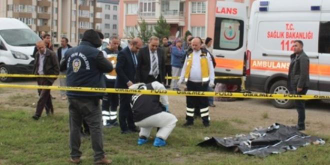 4 çocuk annesi sokak ortasında öldürüldü