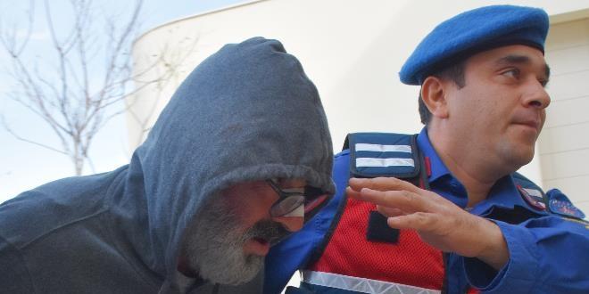 Sunucu Murat Başoğlu'na gözaltı