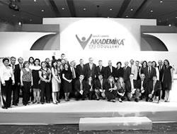 AkademiKA Ödülü İstanbul Tıp'a gitti