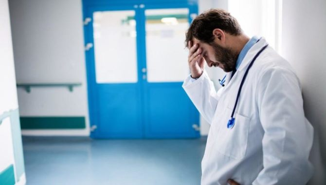 Aile hekimleri bu kez de iş güvencesi endişesi yaşıyor