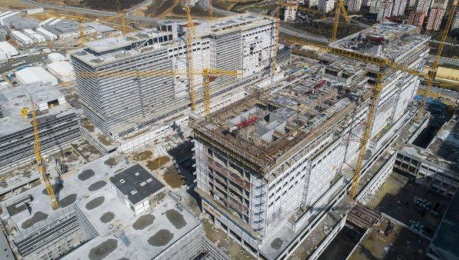 Başakşehir Şehir Hastanesi inşaatı hızla yükseliyor