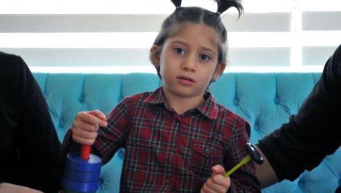 NCL'ye (beyincik erimesi) yakalanan küçük Zeynep, ilaç bekliyor