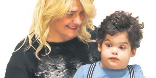 Umut kesilen minik çocuk 500 gün sonunda taburcu oldu