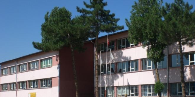 Poliklinikte kurulan okul 38 yıldır 'sağlıkçı' yetiştiriyor