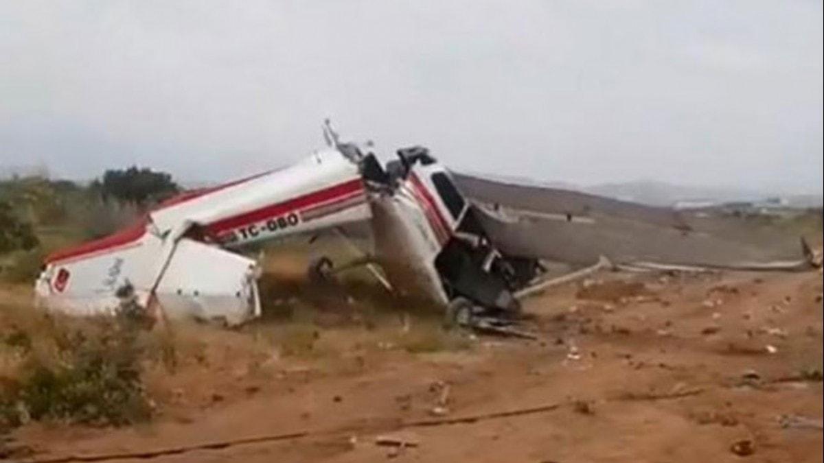 Son dakika... Antalya'da eğitim uçağı düştü! Ölü ve yaralılar var