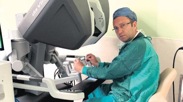 Robotik müdahale ile 'ek katkı payı' ödemeden tedavi