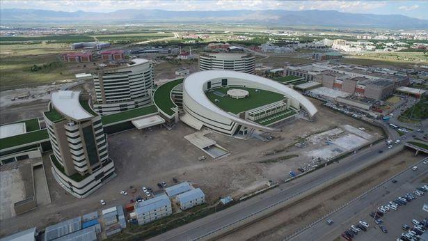 Erzurum Şehir Hastanesi'nde sona yaklaşıldı
