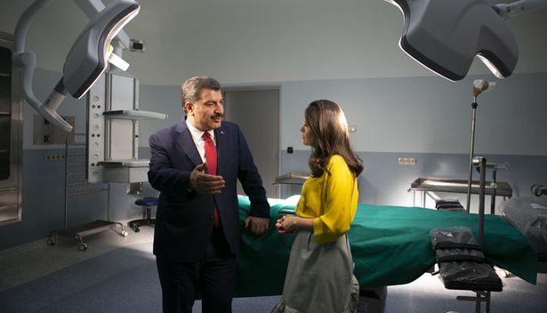 Sağlık Bakanı: Çok ilaç yazan doktoru izleyeceğiz, gerektiğinde poliklinikler gece 12'ye kadar açık olacak