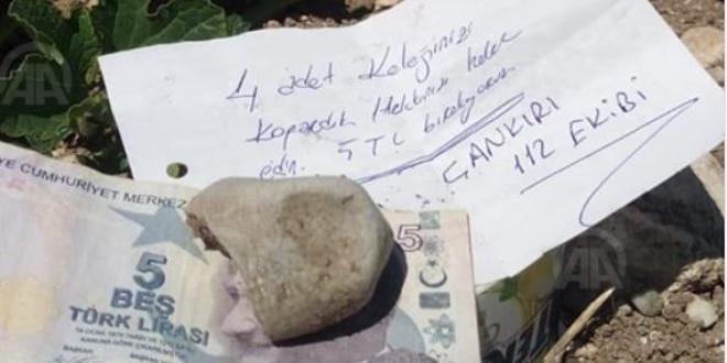 112 Acil Servis çalışanlarından tarla sahibini duygulandıran not
