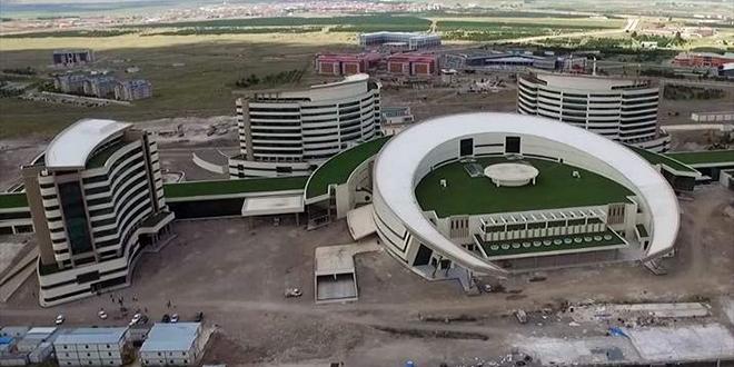 Erzurum Şehir Hastanesinin yüzde 95'i tamamlandı