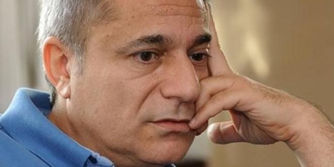 Mehmet Ali Erbil' bir kez daha hastaneye kaldırıldı