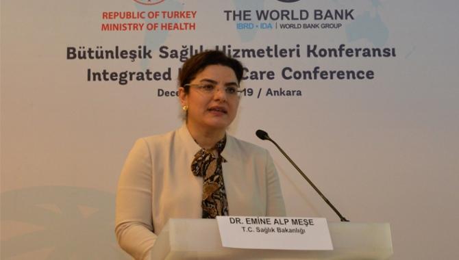 Bakan Yardımcısı Meşe, 'Bütünleşik Sağlık Hizmetleri Konferansı'na katıldı