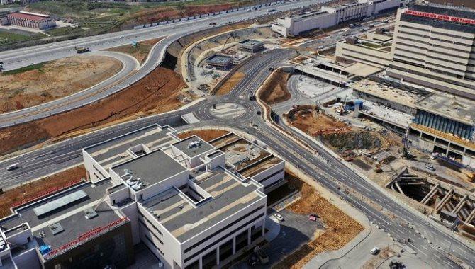 Başakşehir İkitelli Şehir Hastanesi'nin ilk etabının açılışı için geri sayım başladı