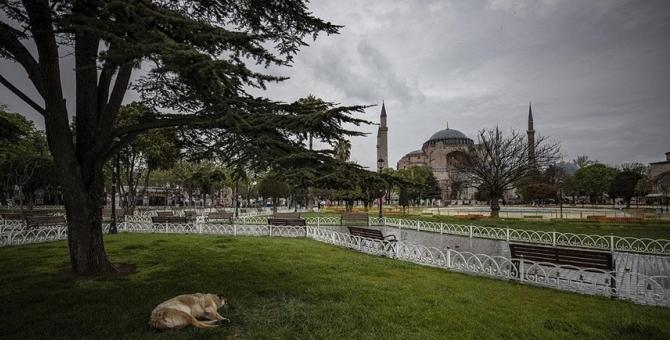 Türkiye Kovid-19 tedbirleri kapsamında 29 Nisan-17 Mayıs arasında 'tam kapanma'ya geçiyor