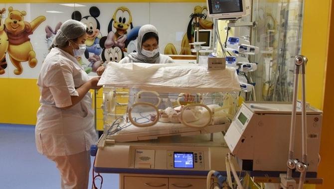 Fas'ta dünyaya gelen dokuzları AA görüntüledi: Sağlık durumları iyi