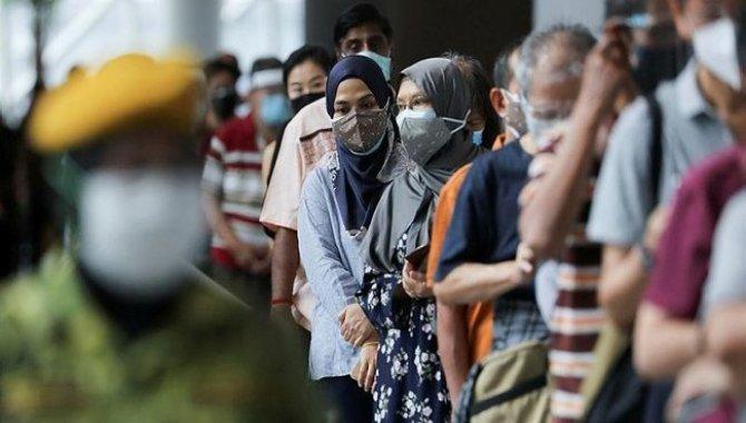 Malezya'da Kovid-19 salgını nedeniyle uygulanan tam karantinanın süresi iki hafta daha uzatıldı