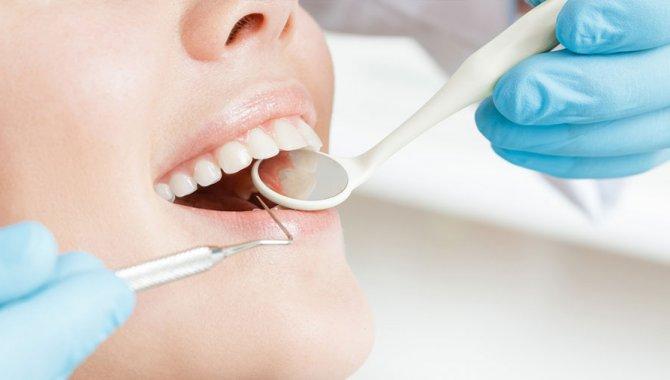 """""""Düzgün Dişler, Ağız Sağlığı ve Beslenme İçin Çok Önemli"""""""