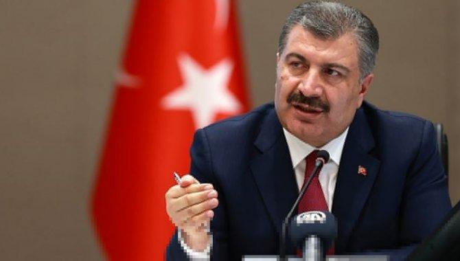 Sağlık Bakanı Koca, Kayseri'de silahlı saldırıya uğrayan doktorla görüştü