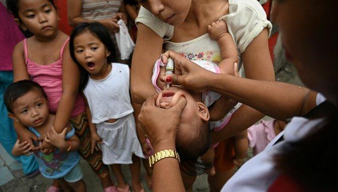 Pakistan'da çocuk felcine karşı aşı kampanyasında görevli personele saldırı: 2 polis öldü