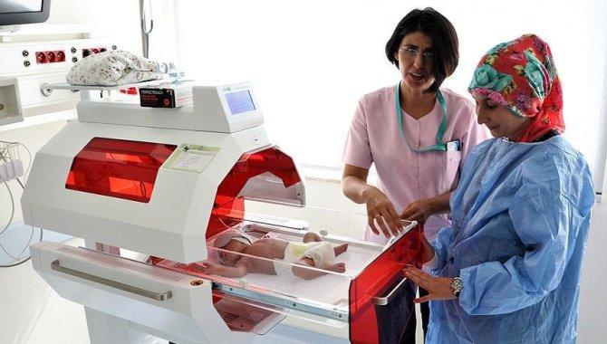 """Erzurum'da bebekleri tedavi olan anneler hastane bünyesindeki """"Anne Oteli""""nde aldıkları hizmetten memnun"""