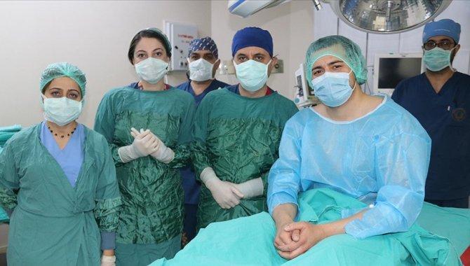 Kök hücre tedavisiyle şifa bulmak için Almanya'dan Diyarbakır'a geldiler