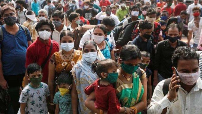 Hindistan'da Kovid-19 salgınında toplam vaka sayısı 30 milyonu aştı