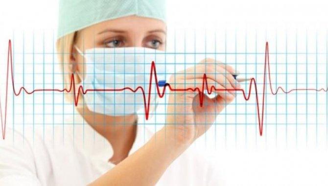 """Zonguldak'ta kalp ritim bozukluğu yaşayan hastalar """"elektrofizyolojik"""" tanı yöntemiyle şifa buluyor"""
