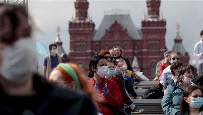 """Kremlin Sözcüsü Peskov: """"Rusya'daki salgın durumu iyiden ziyade kötü"""""""