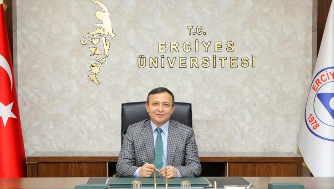 ERÜ Rektörü Mustafa Çalış, TURKOVAC'ın geliştirilme sürecine ilişkin değerlendirmelerde bulundu: