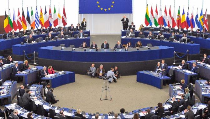 BM Genel Sekreteri Guterres, Avrupa Parlamentosu'nda eşitlik mesajı verdi: