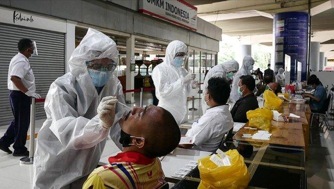 Endonezya'da en yüksek günlük Kovid-19 vaka sayısı kaydedildi