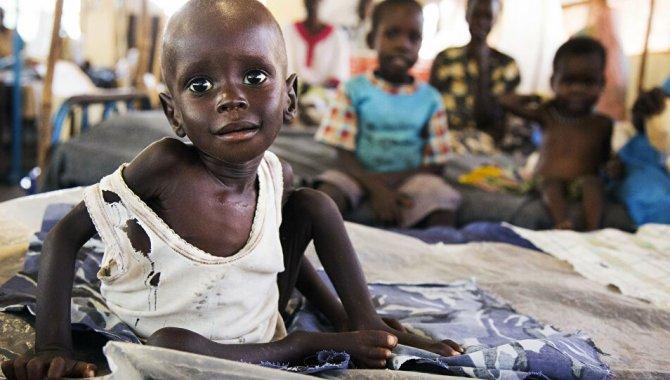 Afrika'da 1,2 milyar kişi kötü sağlık bakımı nedeniyle risk altında yaşıyor