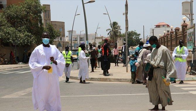 Nijerya'da Kovid-19 vakaları artmaya devam ediyor