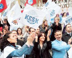 Emek Platformu 'Sosyal Güvenlik'te bölündü