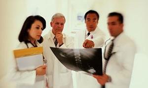 Emekli Olan 4 Doktor Hastaneyi Sarstı